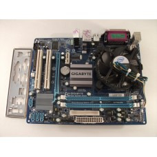 Gigabyte GA-G31M-ES2L Motherboard With Intel Core 2 Duo E7500 2.93 GHz Cpu